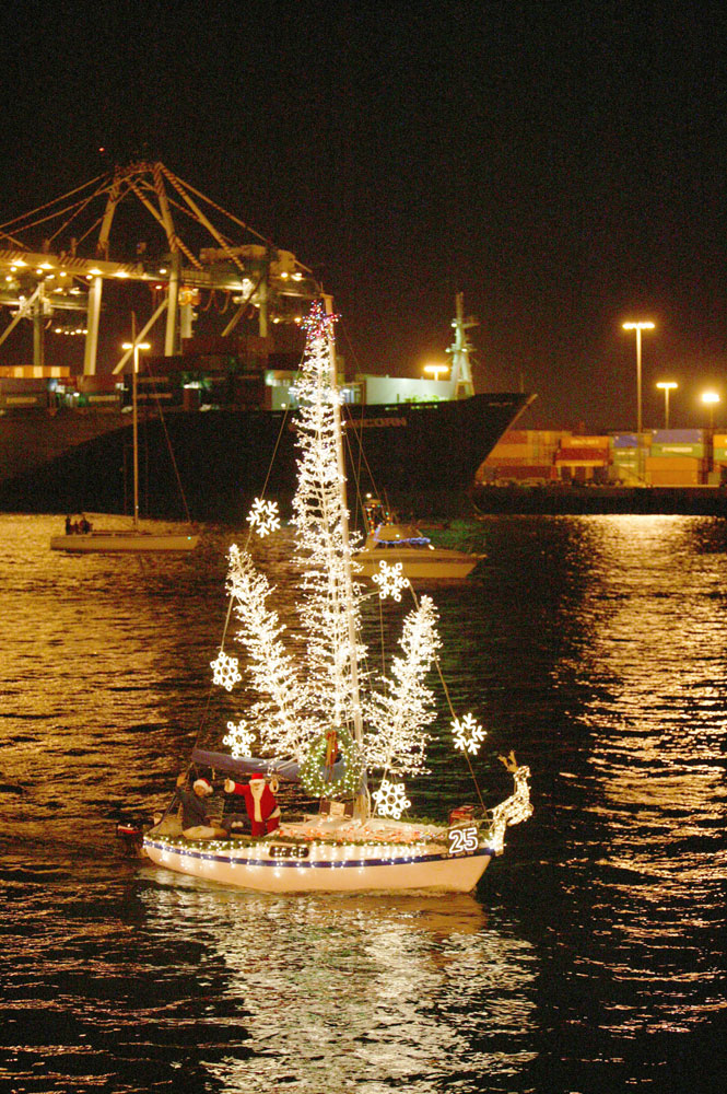 Boater registration open for 52nd annual Holiday Afloat Parade