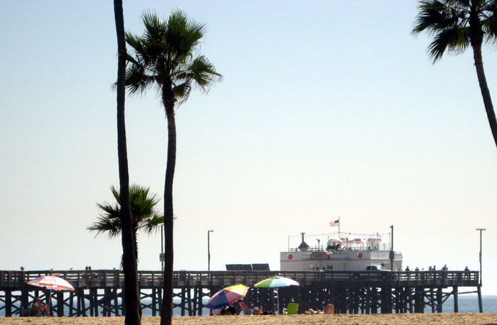 11 Rescued After 55-foot Boat Bumps Balboa Pier