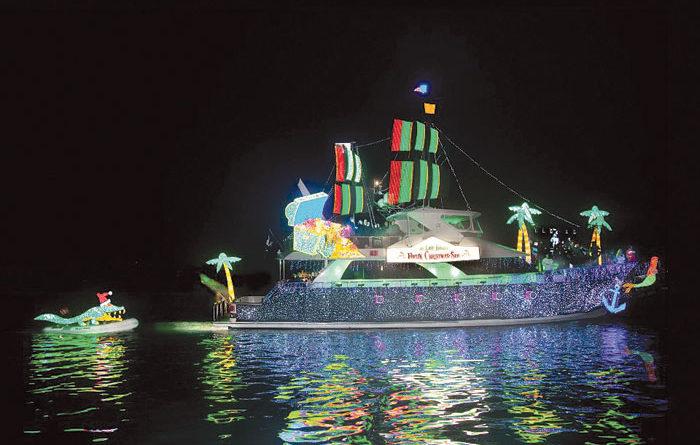 SoCal Boat Parade Participants Win Top Honors