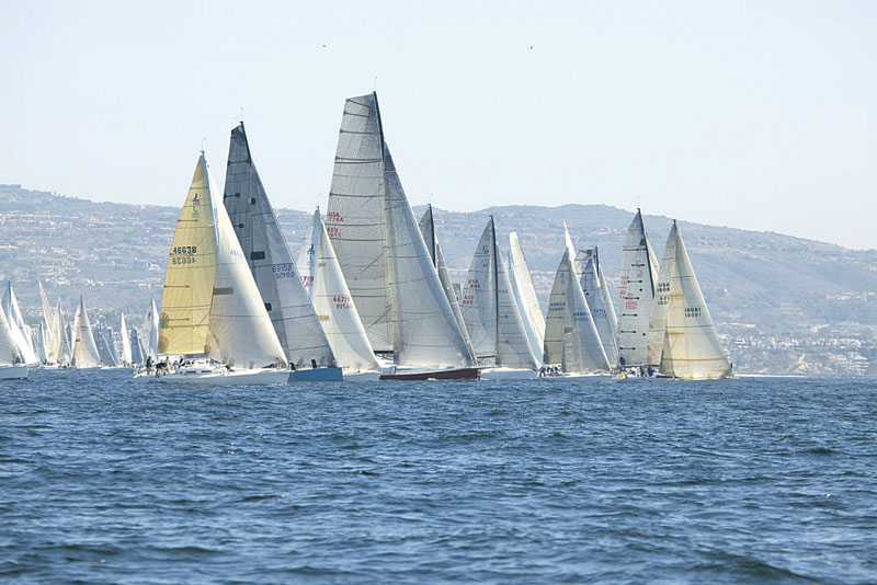 Border Run Has Big Start -- More Than 200 Boats