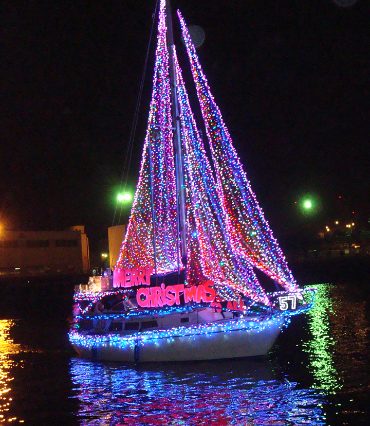 2013 Newport Beach Christmas Boat Parade Winners
