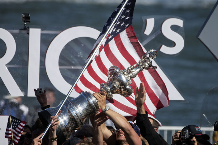 Australian Club Challenges U.S. for America's Cup