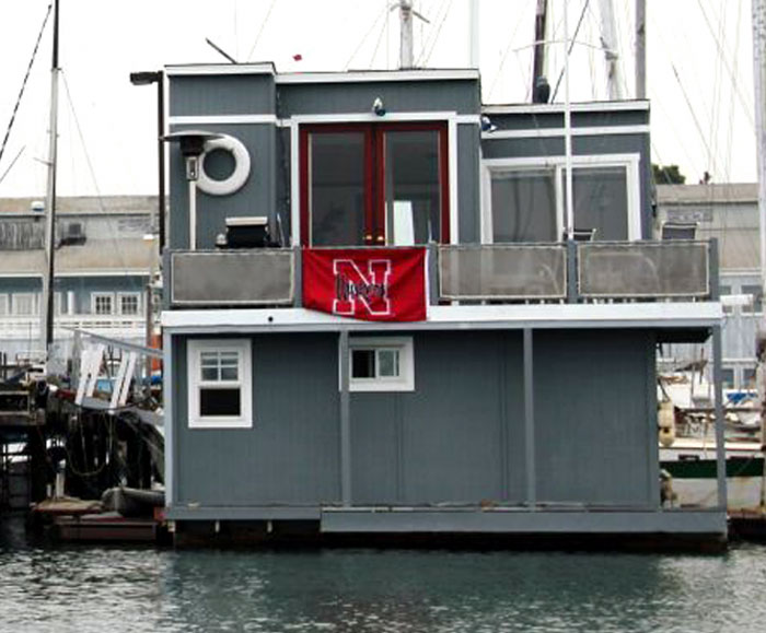 Water-Loving Owner Sought for Floating Home
