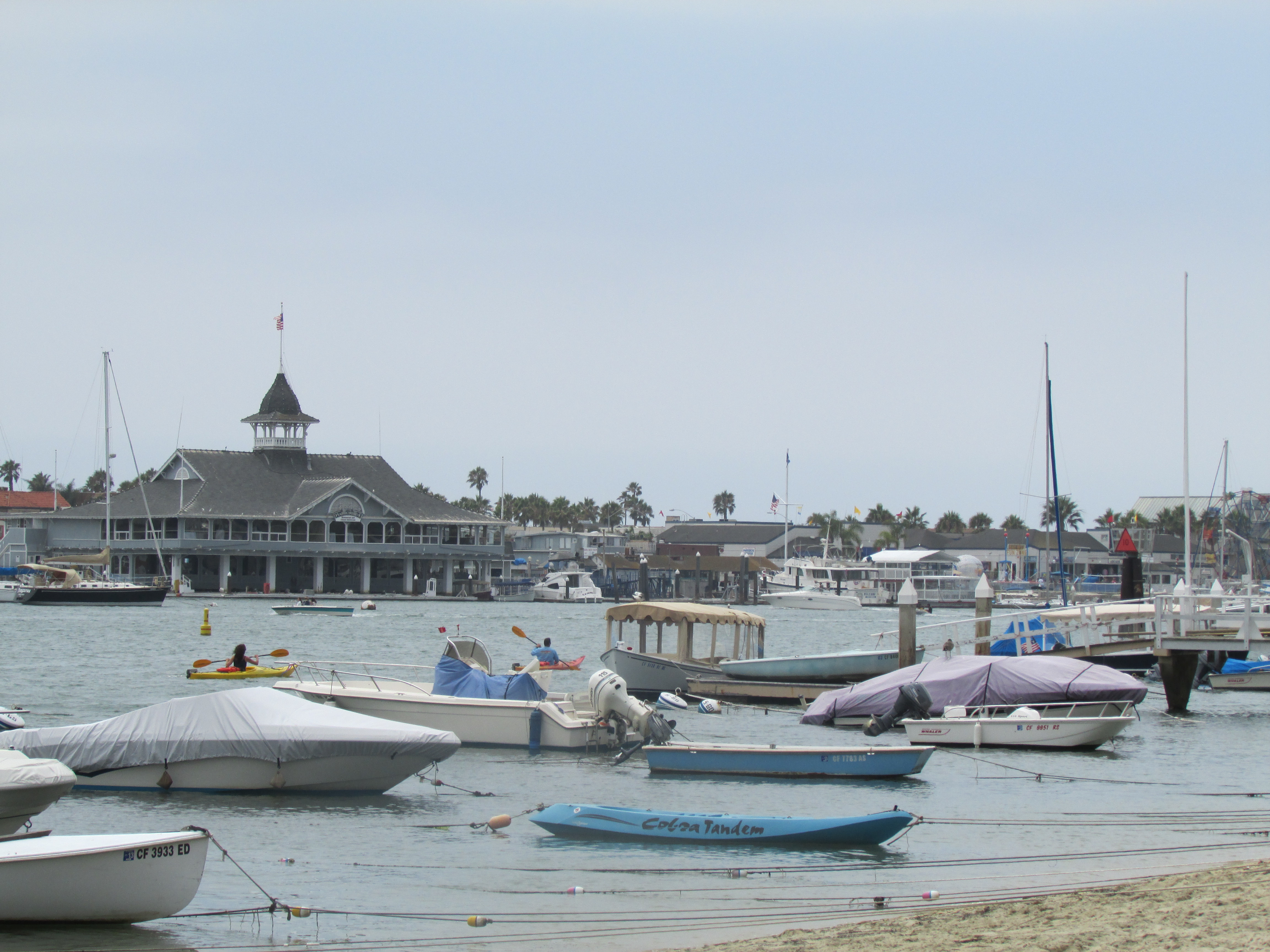 Newport Beach Committee Considers Alternative Mooring Systems