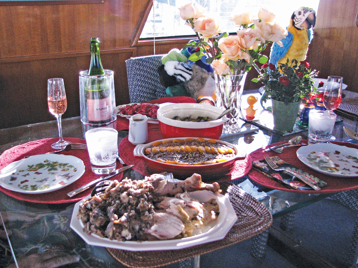 Dock Lines: Tips for on-board entertaining
