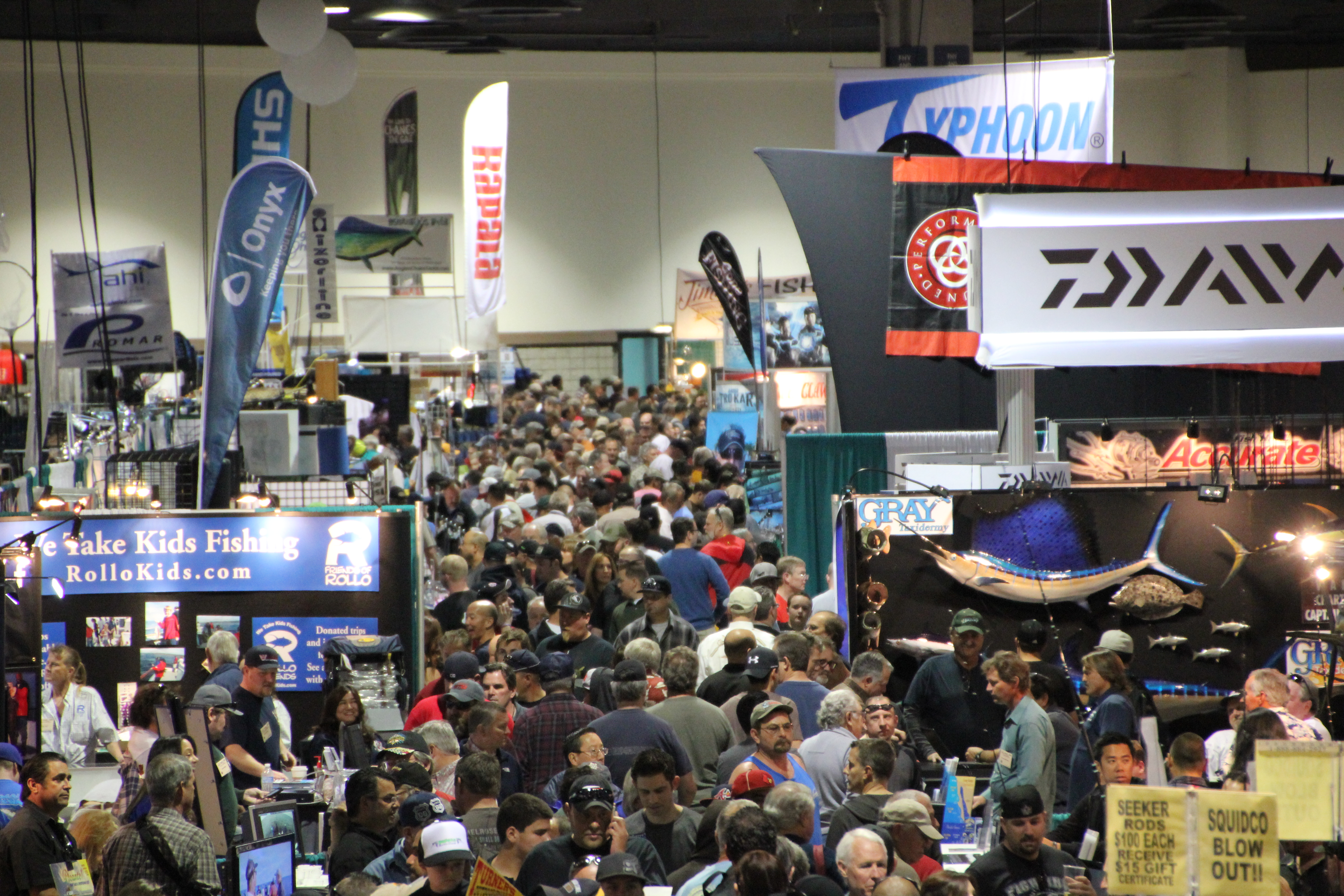 Wide Display of Marine Electronics at Fred Hall Show