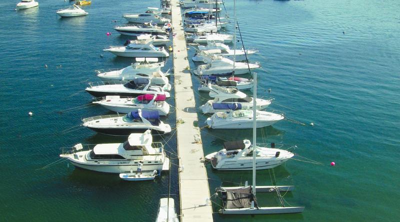 New Docks Installed at La Marina Acapulco