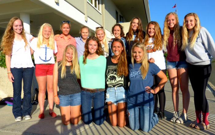 Local Junior Women Sailors Take Ida Lewis Trophy