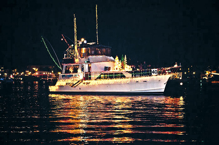 Golden Celebration Planned for MdR Christmas Boat Parade