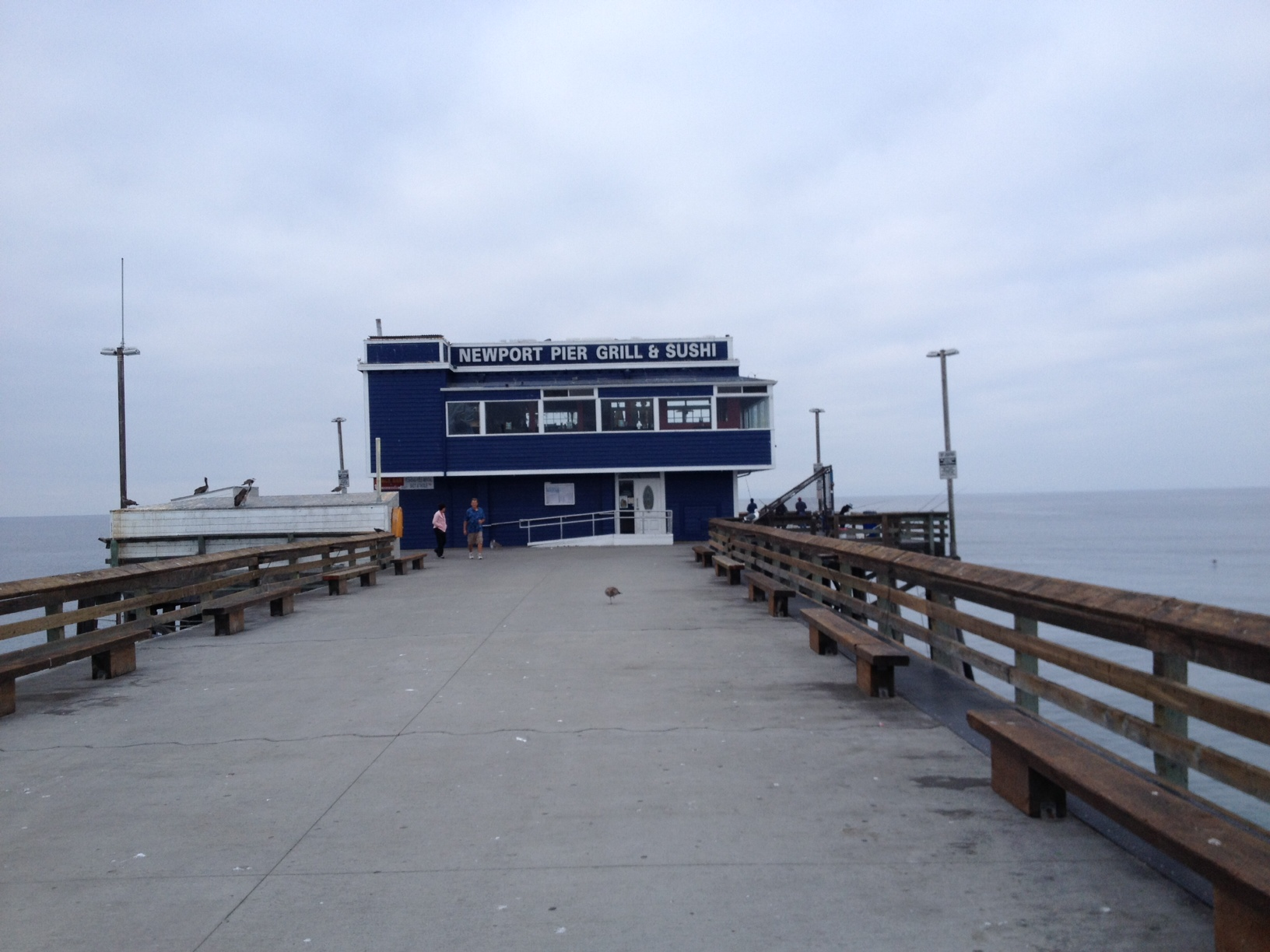 Newport pier s vacancy piques blue water grill s interest for Newport pier fishing