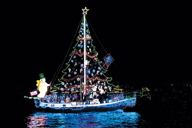 christmas boat parade to light up newport harbor