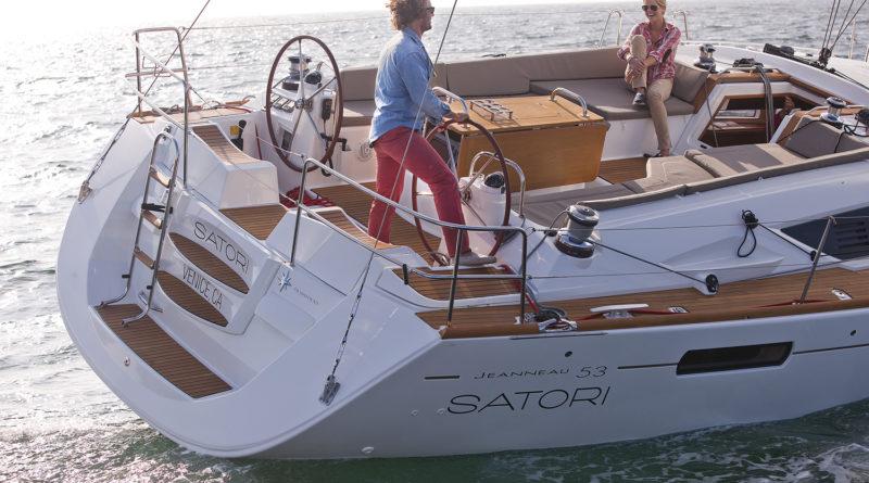 TOMS Shoes founder enjoys boating lifestyle