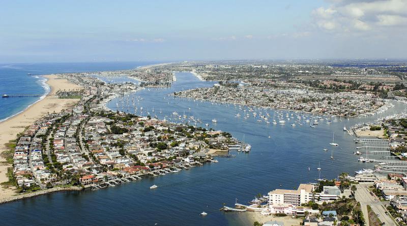 Committee asks mooring permittees for input on floating docks