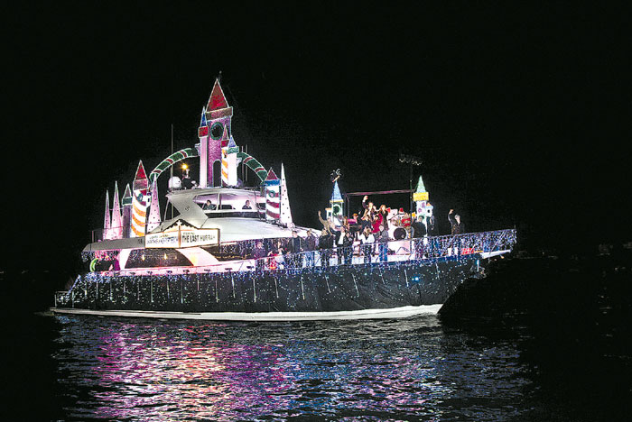 Boat Parades Brighten SoCal Holiday Season