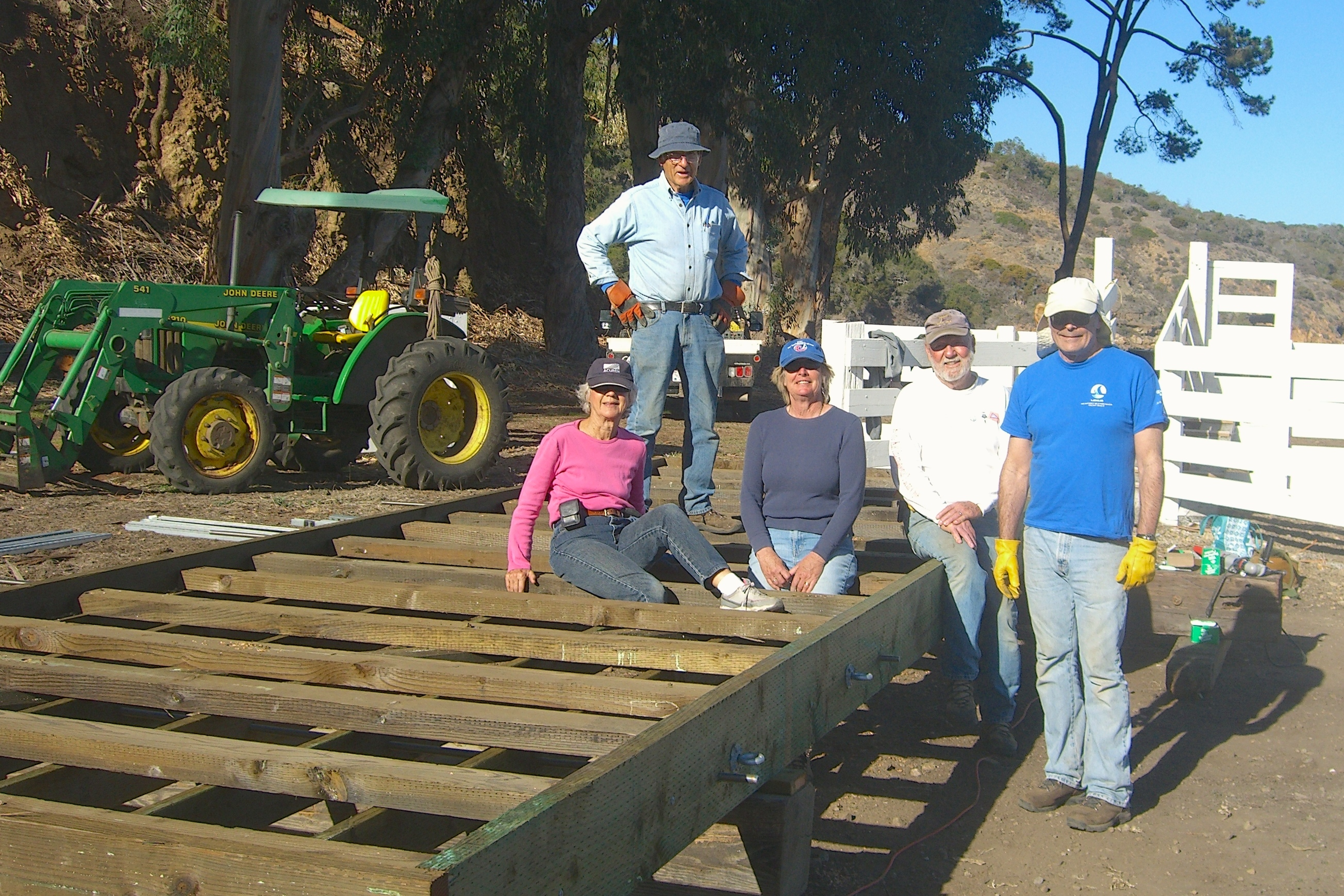 Ventura Yacht Club builds Prisoners Harbor dock