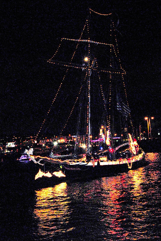 San Diego Bay Parade of Lights Set for Dec. 11, 18