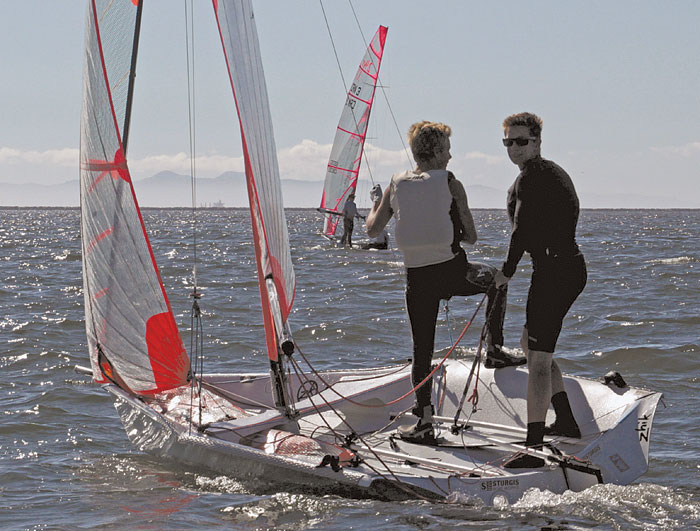 Young Sailors Excel in Turkey Day Regatta