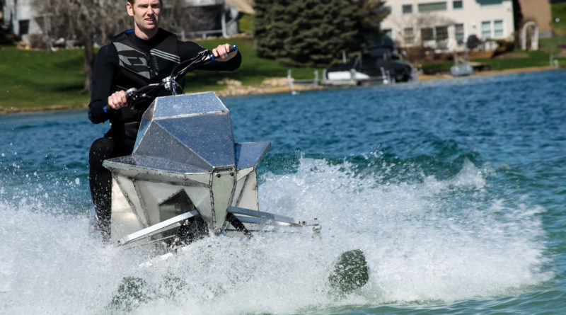 Jet Blade offers speed, agility on the water