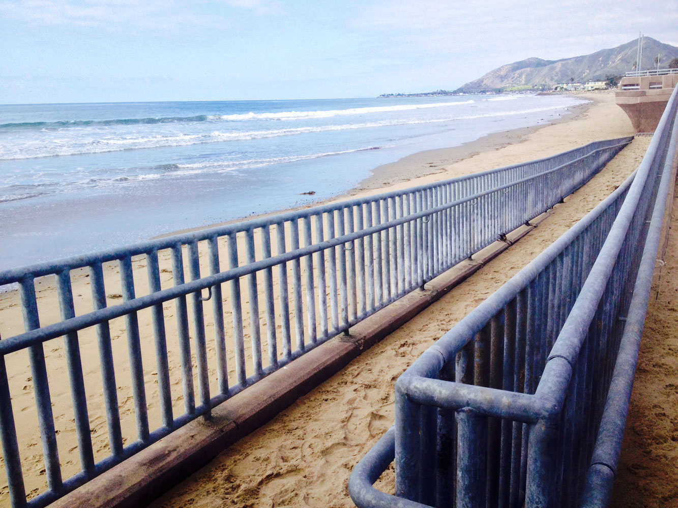 New seawall creates better access for beachgoers in Ventura County