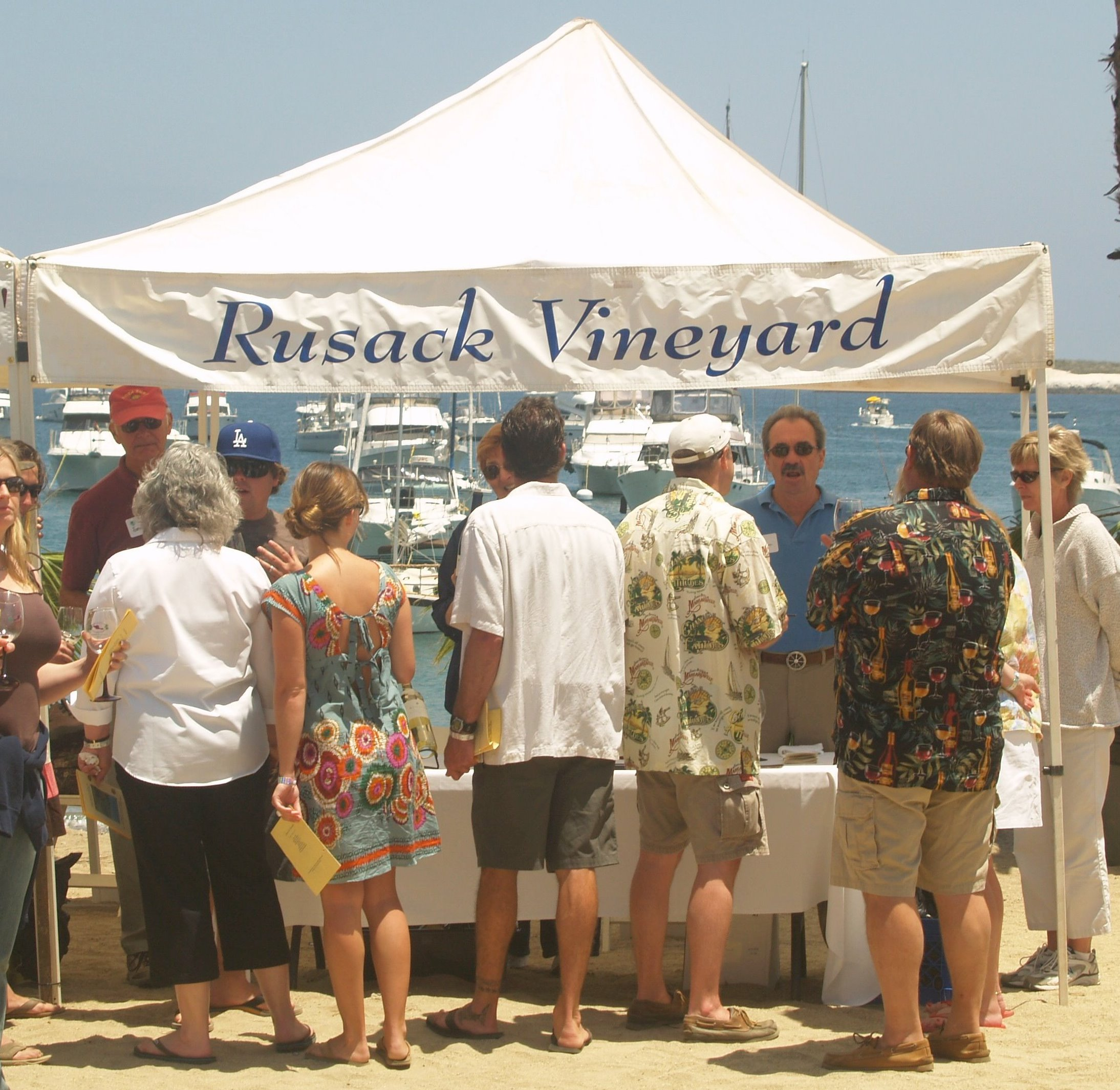 Two Harbors Hosts 13th Annual Wine Festival