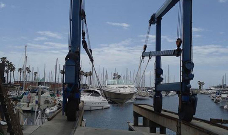 Redondo Beach hoist could be re-opened Oct. 15
