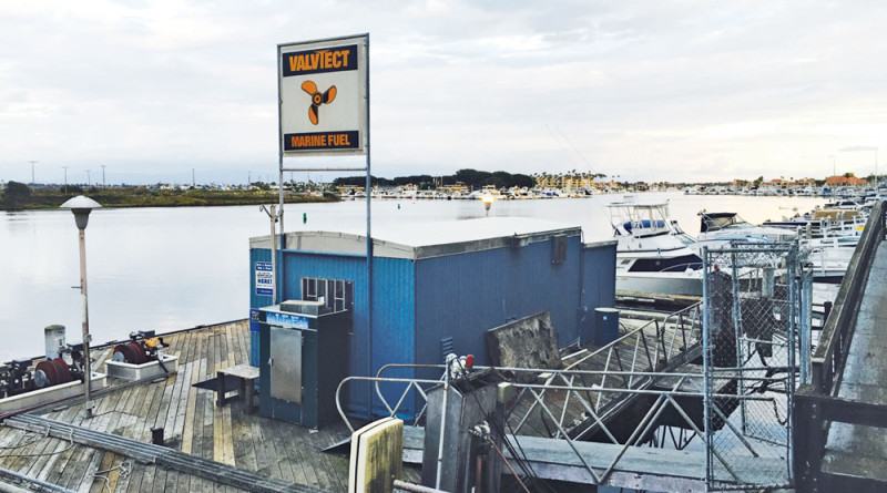 Huntington Harbour fuel dock shut down