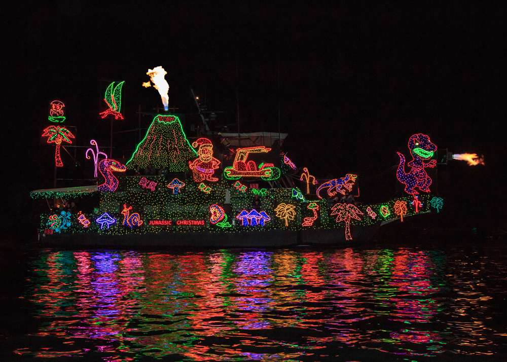 newport sweepstakes 2015 holiday boat parade winners the log 7869