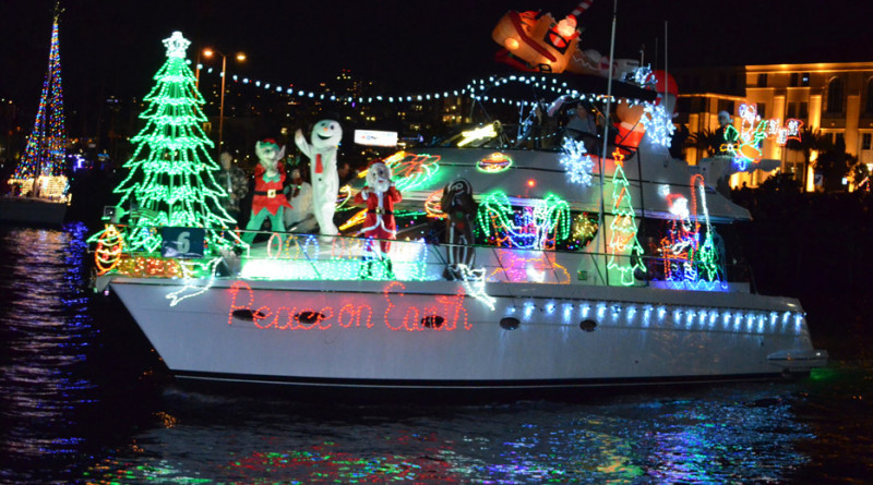 Photo courtesy San Diego Parade of Lights