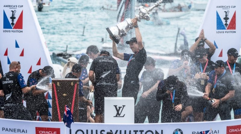 America's Cup - Ricardo Pinto and America's Cup