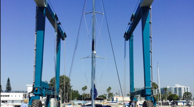 Marina del Rey Travelift