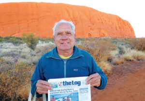 THE-LOG-HEADS-TO-AYERS-ROCK