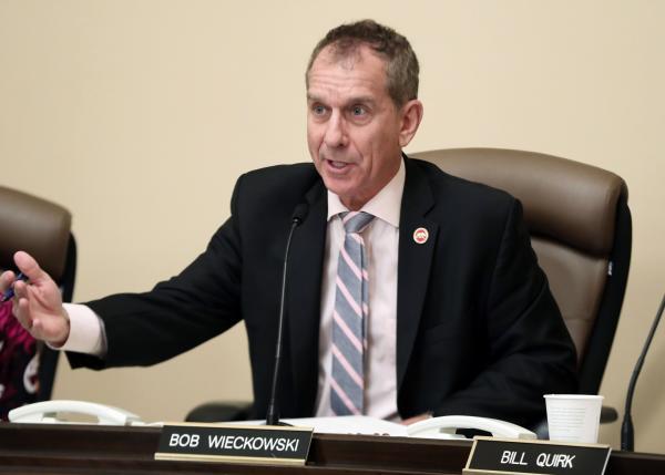 Sen. Bob Wieckowski